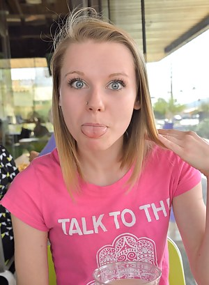Teen Tongue Porn Pictures
