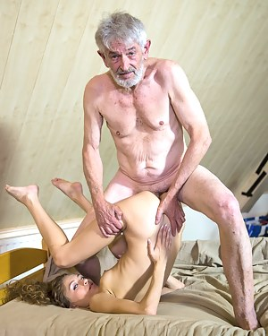 Old Man and Teen Porn Pictures