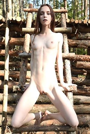 Teen Outdoor Porn Pictures